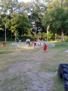Fitnesstoestellen voor jong en oud in speeltuin 't Bruggert werden gefinancierd uit het wijkbudget.